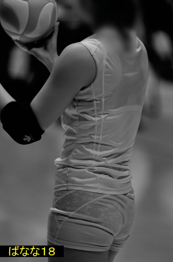 女子バレーの透視画像でブラ・パンツが丸透け